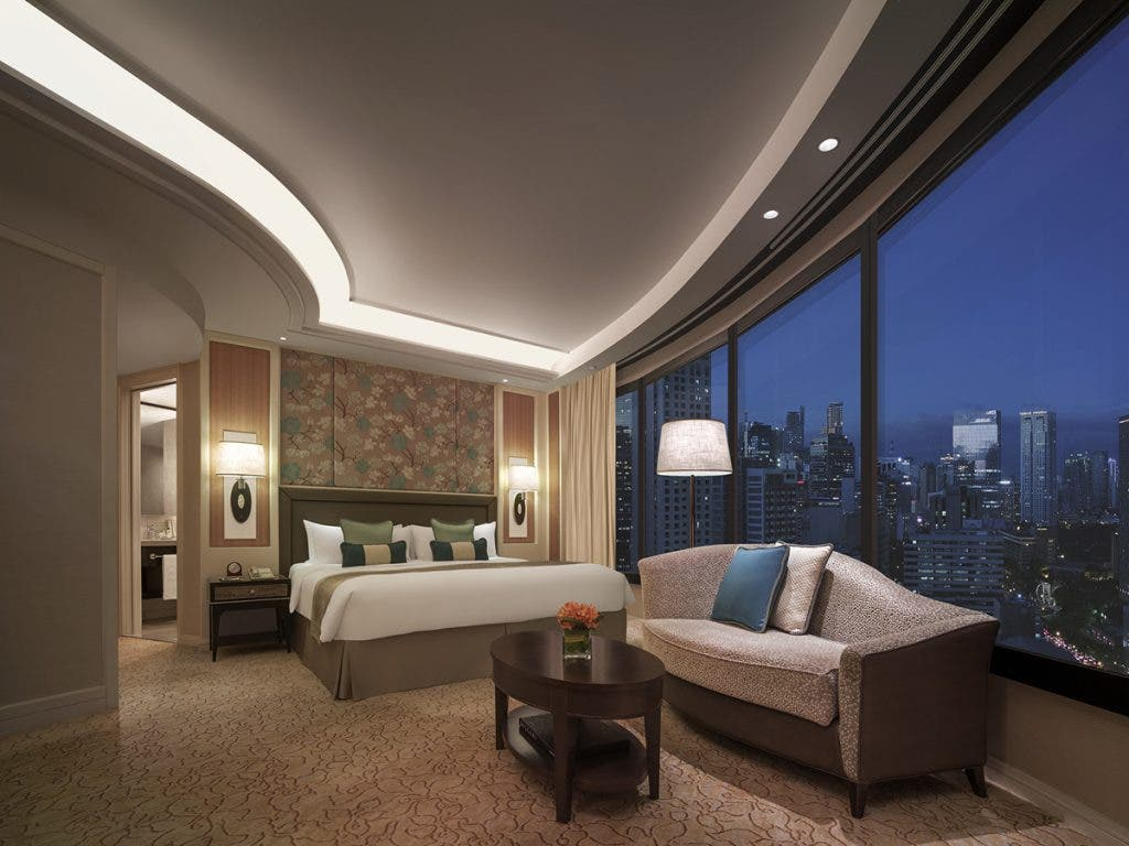 Rekindle the passion and surprise your love with a weekend stay at Edsa Shangri-La, Manila
