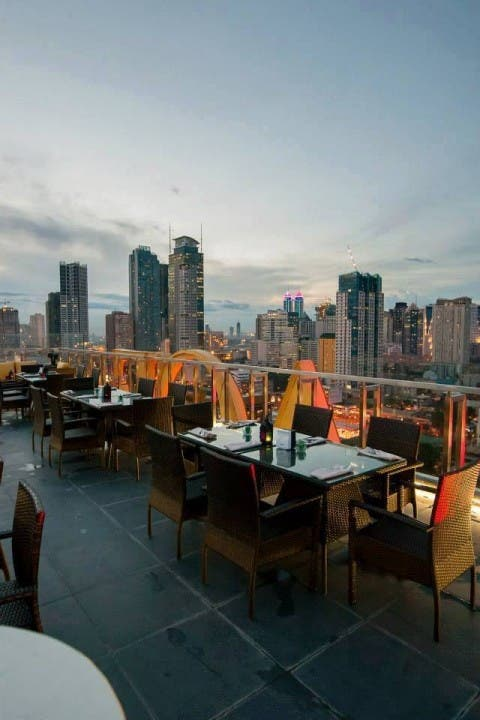 10 Bars and Restos You Can Visit for a Beautiful View of Metro Manila