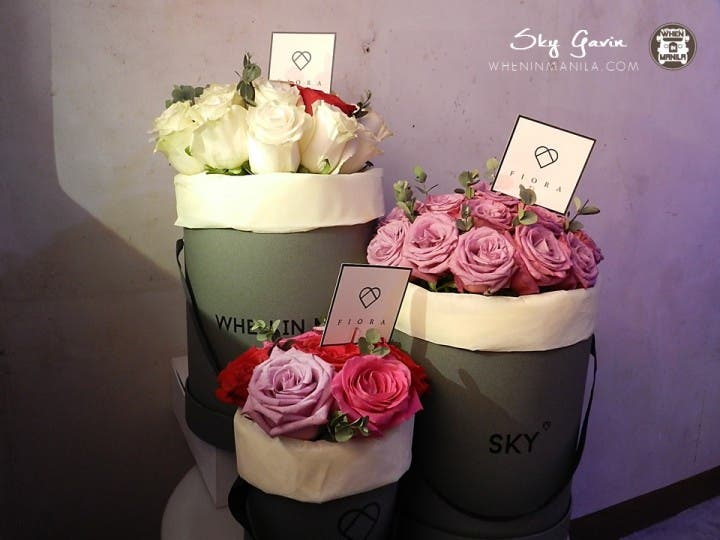Give Luxe Hatbox Bouquets for a perfect Valentine