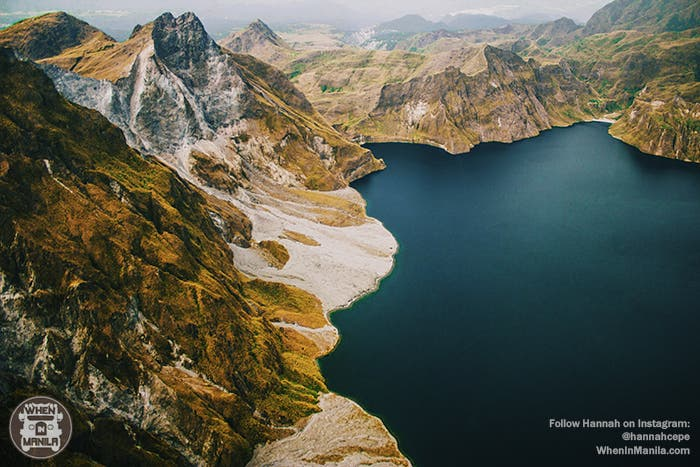Helicopter over mt pinatubo