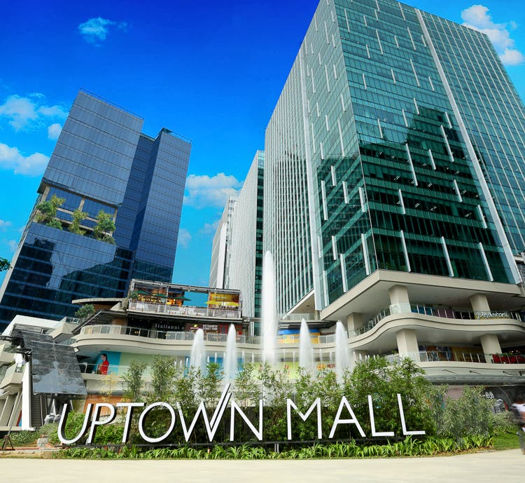 Uptown Mall The Fort Megaworld Corp (4 of 11)