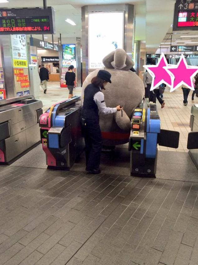8 Photos of Japanese Mascots Getting Stuck in Things that are Too Damn Cute