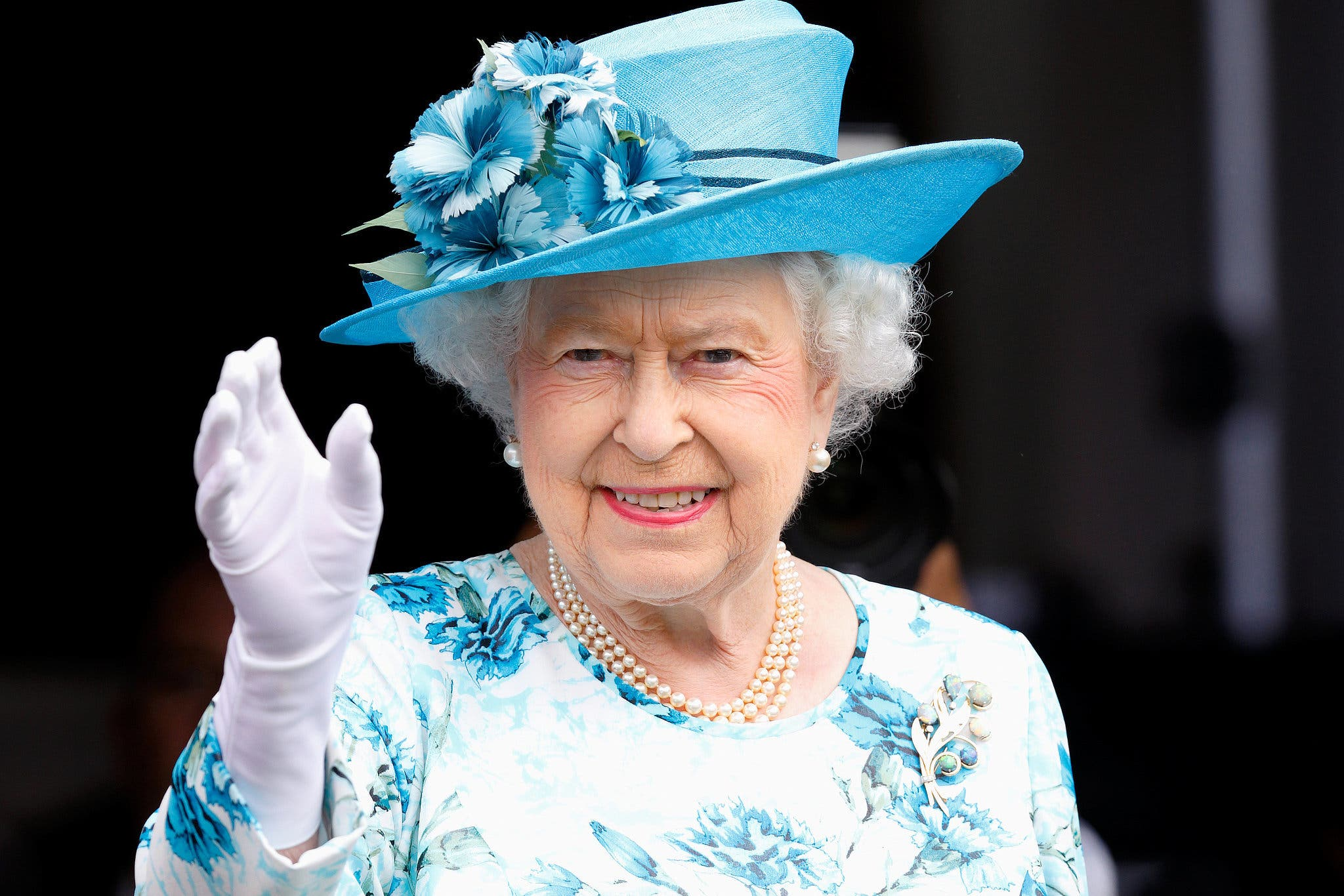 Queen Elizabeth is Looking for a Social Media Manager... and Will Pay P3 Million a Year