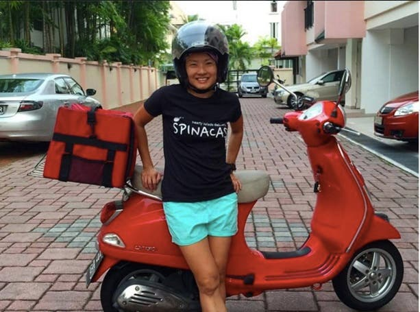 SPINACAS SALAD DIET DELIVERY SERVICE SINGAPORE REVIEW CHARLES ANGEL WHENINMANILA (1)