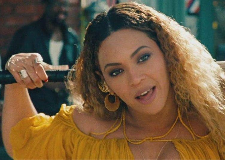 """Lemonade Drama: Alleged """"Becky with the Good Hair"""" in Beyoncé's New Album, Speaks Out"""