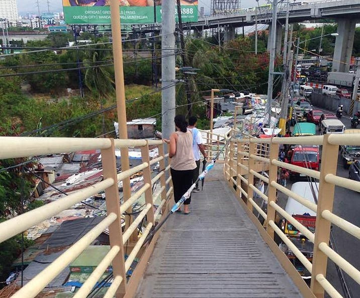 footbridge in sucat paranaque