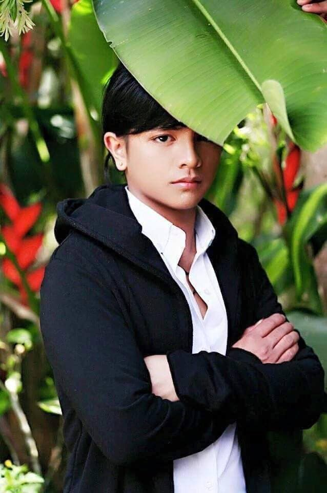 LOOK Carrot Man Looks Good in New Photo Shoot 2