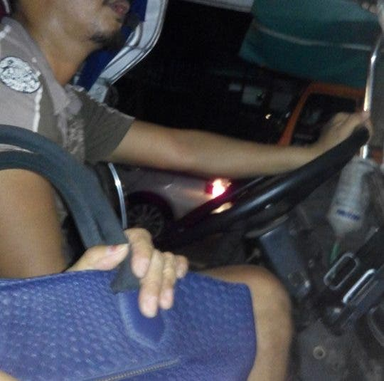 LOOK: Jeepney Driver Preaches on Duty, Gives Free Rides