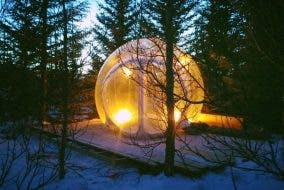 """You Can Sleep in a """"Bubble"""" in Iceland to Watch the Northern Lights"""