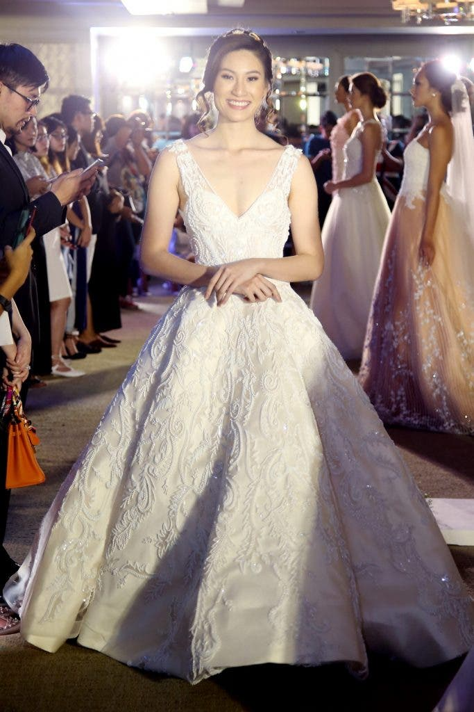 IWedding Gowns like No Other by Hannah Kong