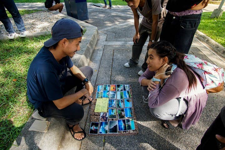 LOOK Guy Sells Beautiful Photos on the Street... At Your Price 6