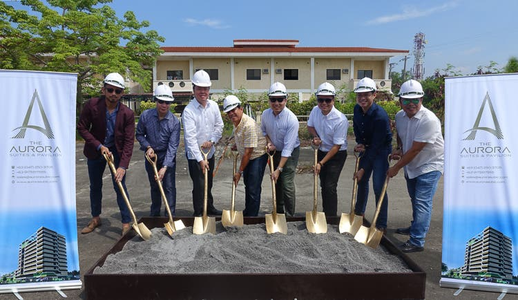 From left to right: John Ross Francisco, Aurora Premier Hotels and Resorts Wilfred Magcase, WM Design Co. Ronnie Yambao, SBMA Eduardo Francisco, Aurora Subic Leisure Inc. Paolo Francisco, Aurora Subic Leisure Inc. Jason Buensalido, Buensalido Architects Vincent Lim, BCL Asia Rhodel Rivera, Romari Construction