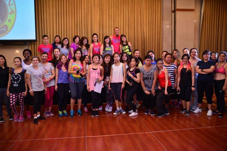 Celebrity mom certified Zumba Instructor Regine Tolentino with Jeunesse Anion Fun Food, and Fitness media friends for the private zumba event