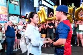 Filipino Chef's Surprise Proposal to Girlfriend at Times Square New York