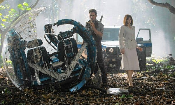 Chris Pratt, Bryce Dallas Howard Jurassic World Will Be a Trilogy, Director Confirms