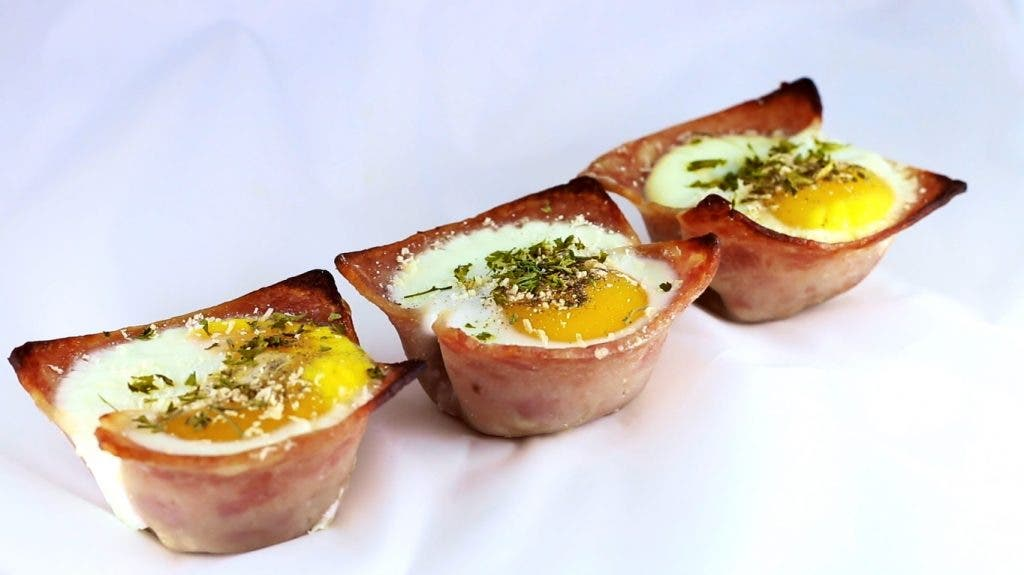 RECIPE: Ham and Eggs in a Nest