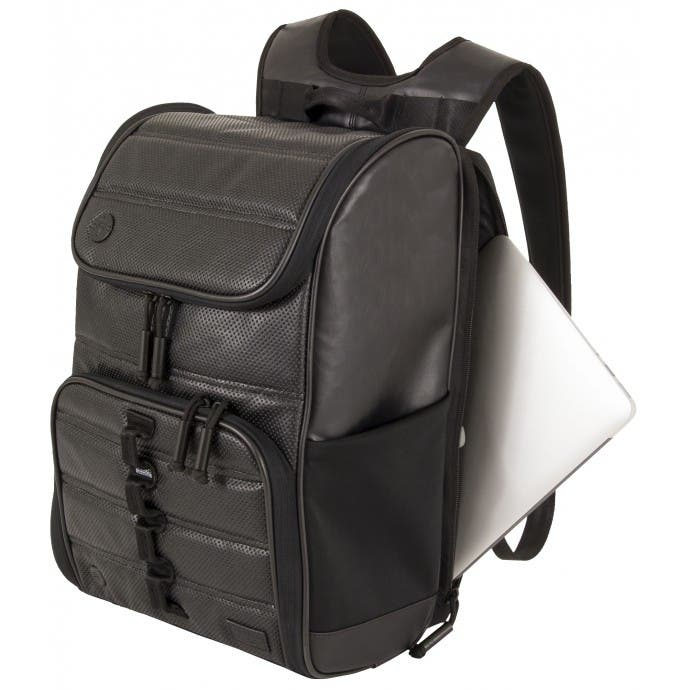 perforated-backpack-laptopview
