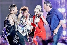 "The Voice Coaches' Explosive Performance of Aerosmith's ""Dream On"""