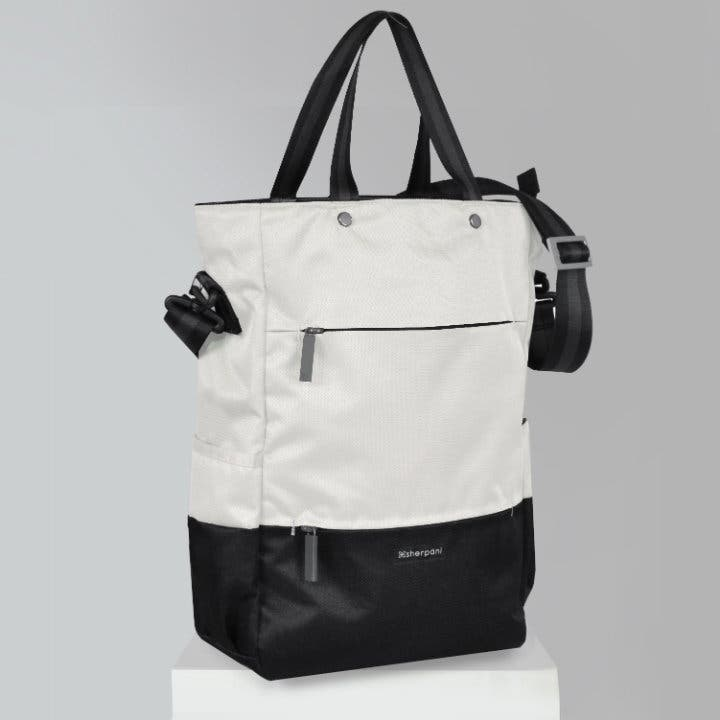 these-minimalist-bags-from-sherpani-are-now-available-in-manila-2