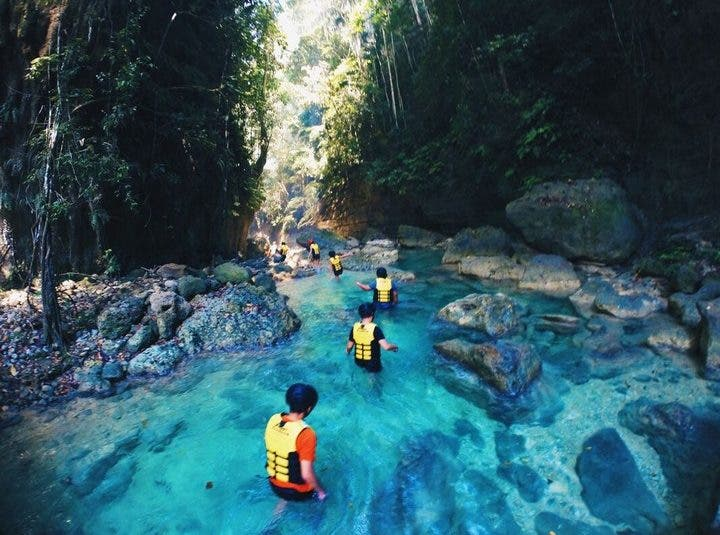 These Barkada Photos at Cebu-Leyte-Bohol Will Give You Serious Travel Goals