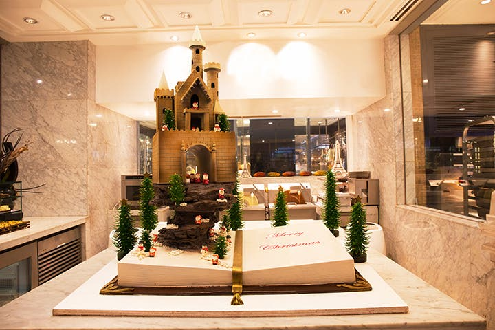 celebrate-your-christmas-and-new-year-at-sofitel-2