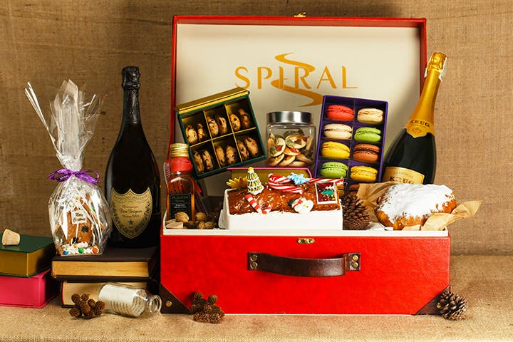 celebrate-your-christmas-and-new-year-at-sofitel-7
