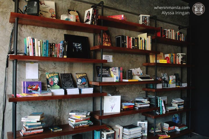 cup-fiction-book-shelf