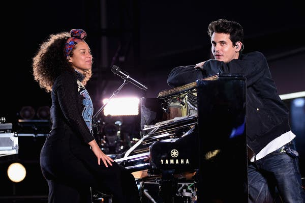 """Alicia Keys and John Mayer's """"If I Ain't Got You"""" and """"Gravity"""" Mash-Up"""