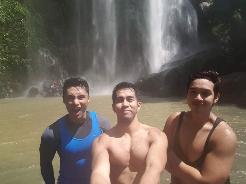 swim-at-hulugan