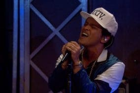 """Bruno Mars Covers Adele's """"All I Ask"""""""