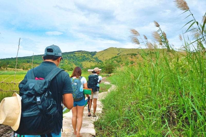 Travel Weekend Getaway To Zambales For Only P1 000 When