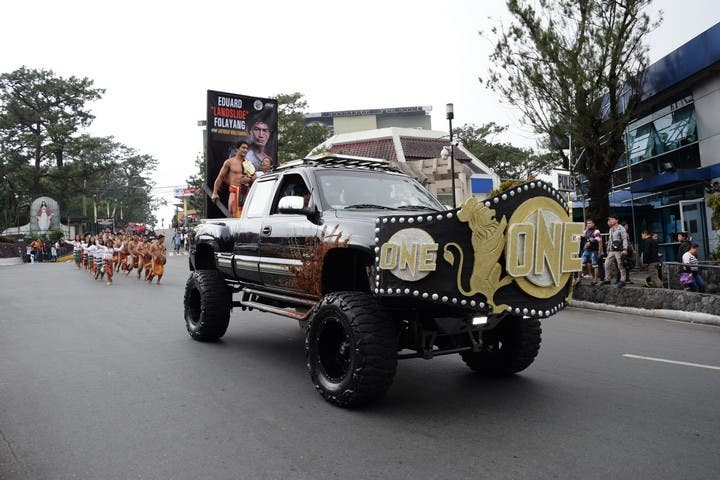 One Lightweight World Champion Eduard Folayang Baguio City Parade