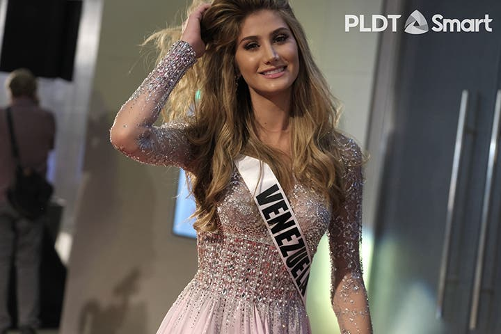 LOOK: Miss Universe Candidates Stun in Governor's Ball 10