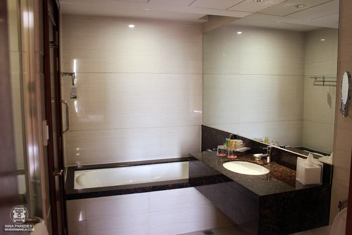 ramada-manila-the-luxury-hotel-for-your-binondo-adventure-5