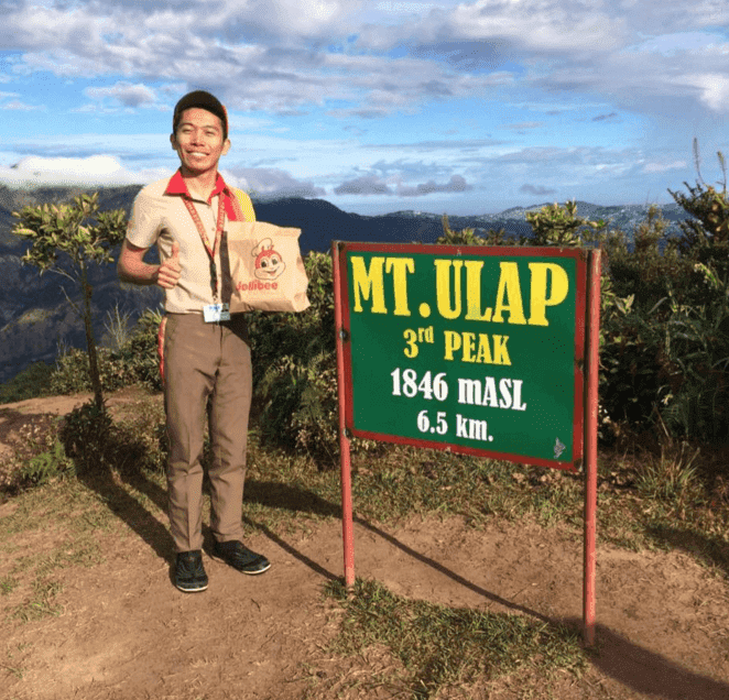 Jollibee worker at Mt. Ulap