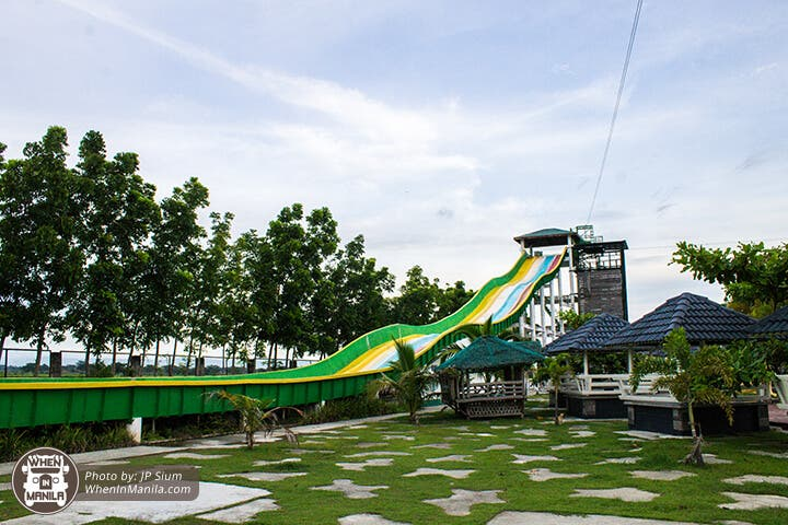 Crystal Waves Hotel And Resort The Premier Wave Pool Giant Water