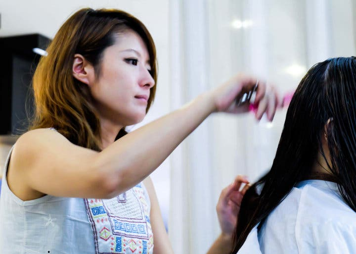 Heres What Its Like To Have Your Hair Done In A Japanese Salon