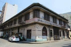 The-Yuchenco-House-Manila-Arquitectura-Manila