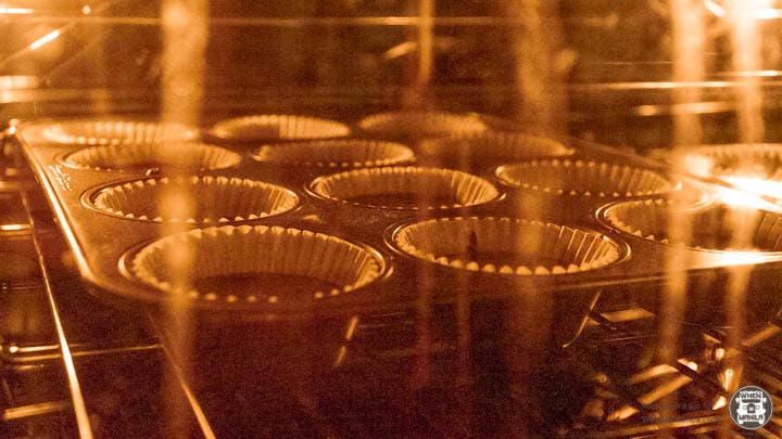 baking chocolate cupcakes oven